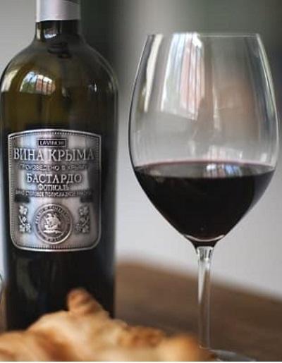 вино Бастардо